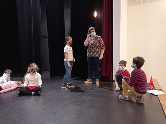 ateliers-theatre-ce1-ce2-a-18