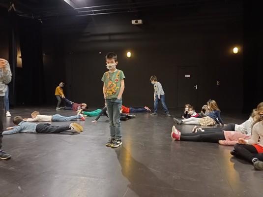 ateliers-theatre-ce1-ce2-a-19