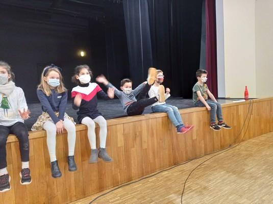 ateliers-theatre-ce1-ce2-a-24