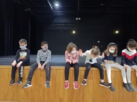 ateliers-theatre-ce1-ce2-a-25